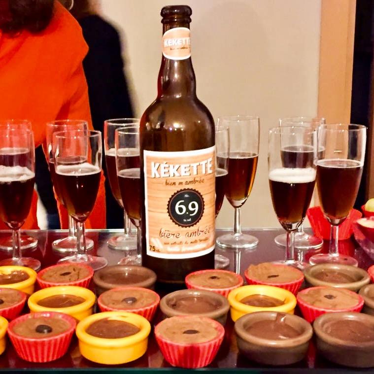 StripArt - Kékette bière - Secrets de coquines
